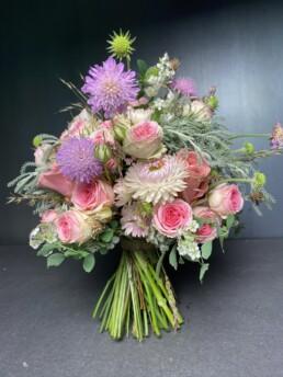 Brautstrauss in rosa mit Trockenblumen