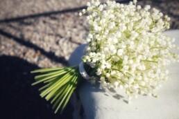 Mono-Brautstrauss aus Maieriesli