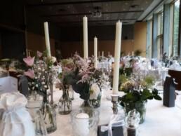 Tischdekoration im Saal des Hotel Schwägalp