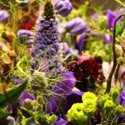 Blumenstrauss blau natürlich