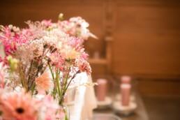 Blumen rosa Kirche