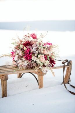 Brautstrauss im Schnee