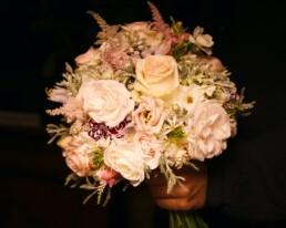 Brautstrauss mit Rosen